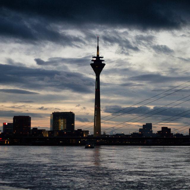 High tide at the Rhine