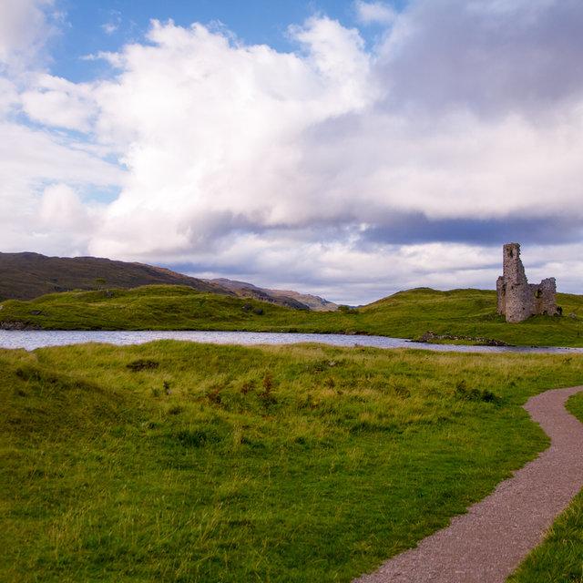 Ardvreck Castle on its peninsula in Loch Assynt.