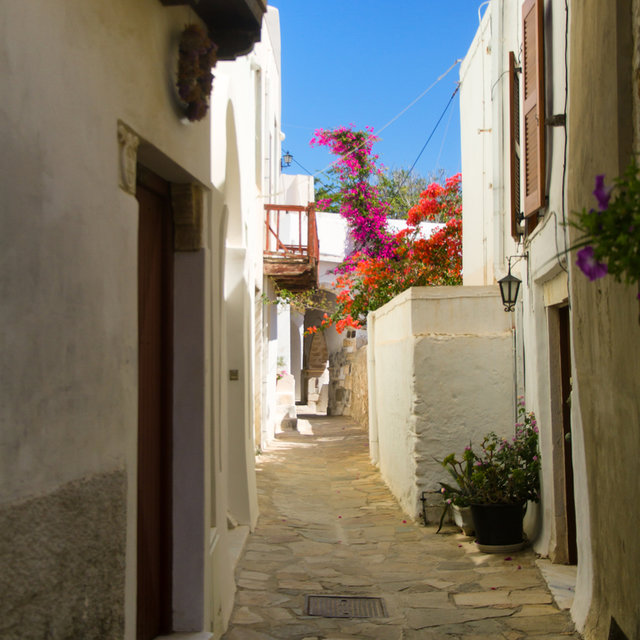 Small street in Naxos.