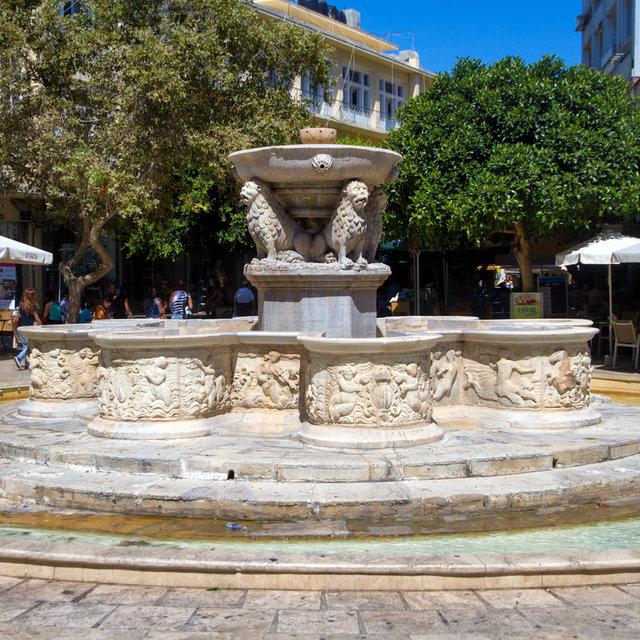 Fountain in Heraklion.