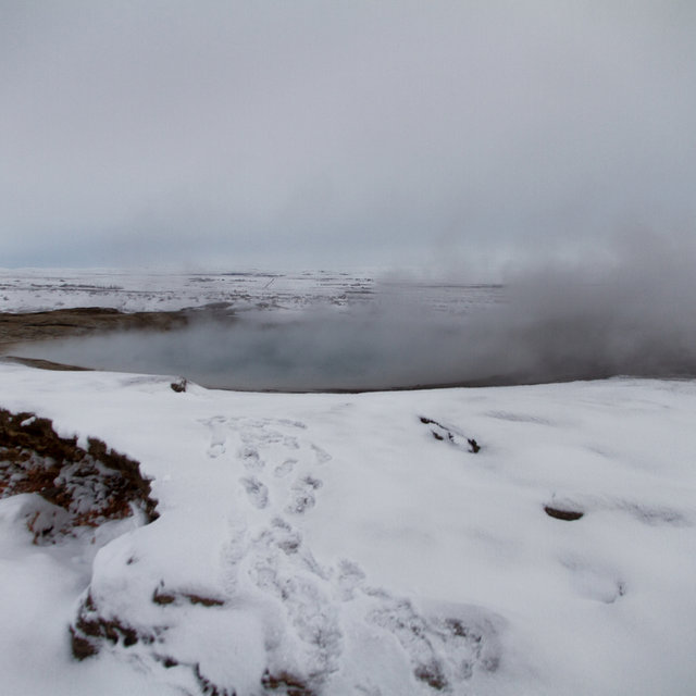 Geysir at rest.