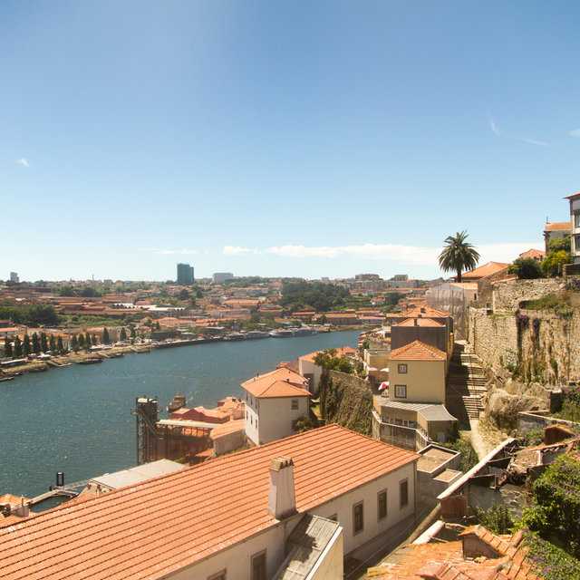 Downstream view of the River Douro from the Dom Luís I Bridge.