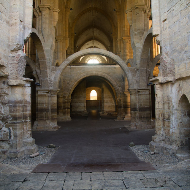 View along the nave of the Monastery of Santa Clara-a-Velha.