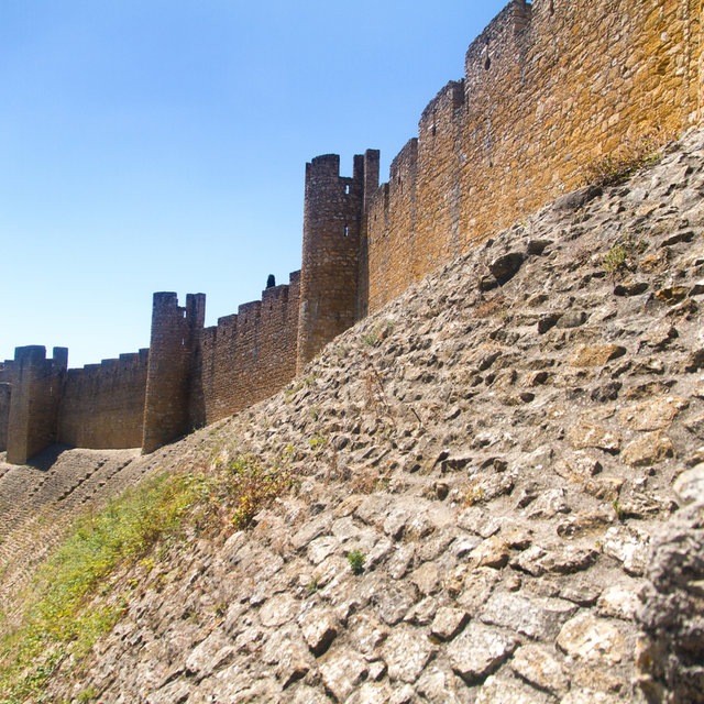 View along the wall of the castle of the Convent of Christ.