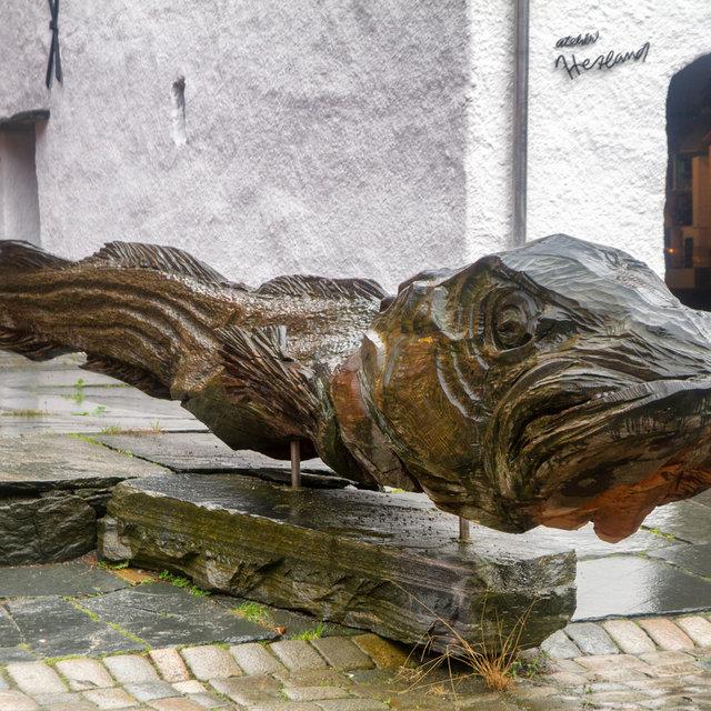 A wooden sculpture in the Bryggen of Bergen.