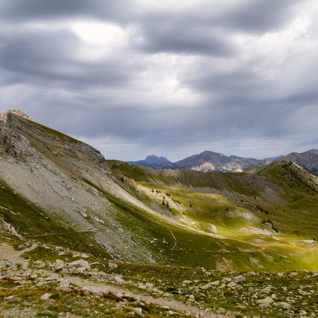 View along the path to the Col de l'Encombrette.